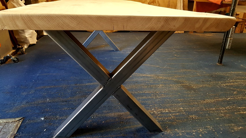 Bespoke Live Edge Dining Table (9)